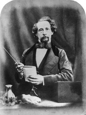 a biography of charles john huffam dickens Charles john huffam dickens (7 tuhukuudu 1812 portsmouth - 9 kezäkuudu 1870 higham, kent) oli anglielaine viktorianizen aijan kirjailii dickensan tevokset.